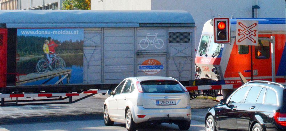 Fietstocht Passau-Wenen - Treinen aan de Donau tussen Passau en Wenen