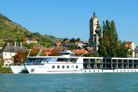 Passau-Wenen met MS Primadonna